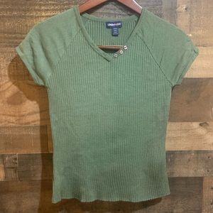❤️4/$20 Limited Too Green Ribbed V Neck Shirt